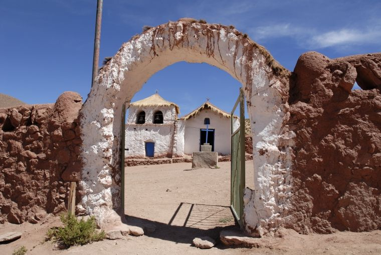 San Pedro de Atacama + Air Ticket