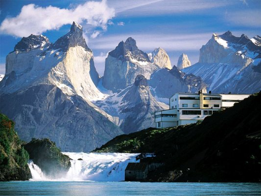 Luxury and Nature of Torres del Paine in Explora Patagonia Hotel