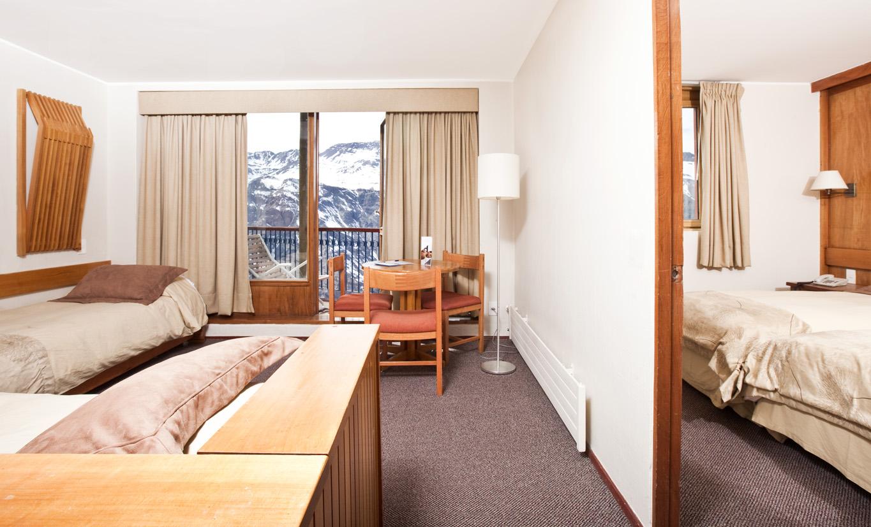 Cr ticas de hotel puerta del sol en centro de esqui valle for Hotel puerta de sol