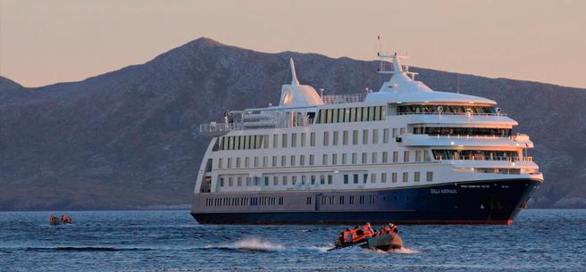 Stella Australis Cruise / Ushuaia - Punta Arenas
